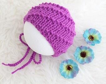 Newborn baby girl bonnet magenta fuchsia crimson pink purple photo prop photography girl spiral pattern hand knit uk seller ready to ship