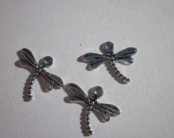 4 charms 14x18mm silver plated (130) dragonfly