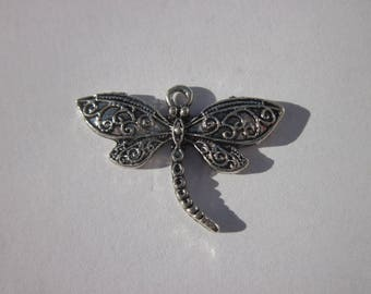2 cm (49) silver Dragonfly charm