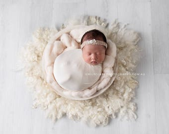 Carved Milkwood White Bowl, Newborn Bowl Photo Prop, White Wooden Bowl, Photography Prop, Rustic White Baby Bowl, Vintage White Bowl Prop