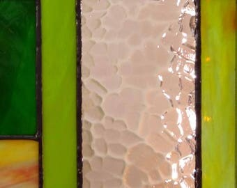 """Wall Tableau stained glass iridescent """"Tiffany"""" - Purple, green, beige and transparent glasses"""