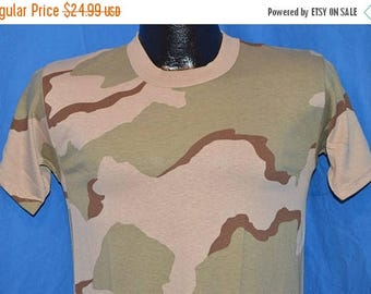 ON SALE 90s Desert Military Camouflage t-shirt Youth Large