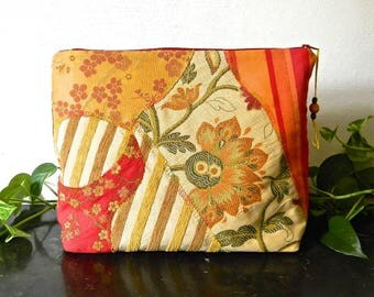 006. A very large zippered bag, Tote, lingerie bag. Autumn slapstick