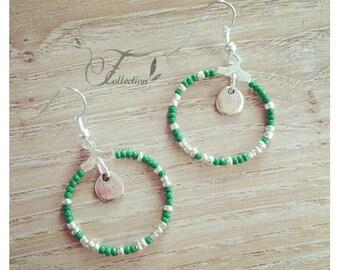 Creole earrings green/silver beads
