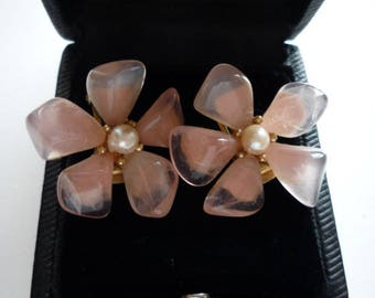 Vintage Swoboda Rose Quartz Crystal Pearl Flower Gold Tone Clip On Earrings