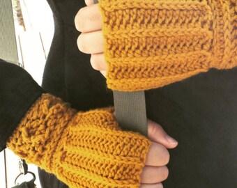 SALE Short Gloves in ROUGE