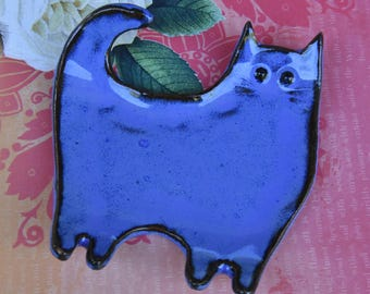 Ceramic cat spoon rest. Ceramic cat jewelry soap holder. Cat ring holder. Ceramic blue cat dish. Cat table display. Handmade small cat plate