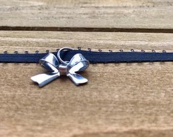 Silver Metal Ribbon Choker