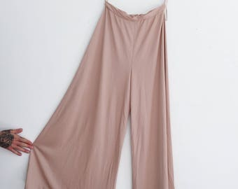 Vintage 1970's Palazzo Pants / High-Waisted Wide Leg Palazzo Pant / Bell Bottoms / Disty Rose Pink High Rise / 60's / 70's