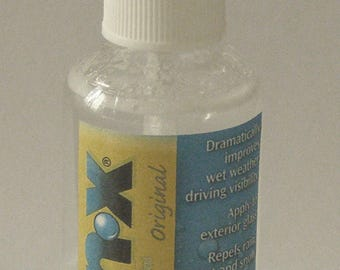 Rainx  2-in-1 Glass Cleaner with Rain Repellent