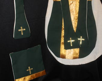 4 to 6 Year Old Green Mini Vestment