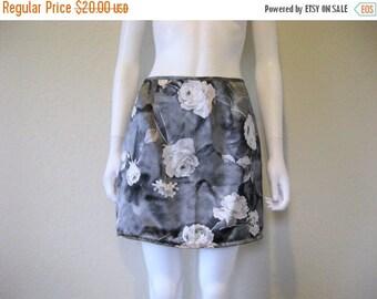 25% off SALE rose floral skirt
