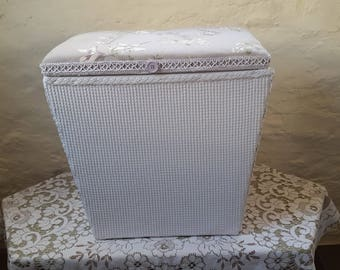 Refurbished Lloyd Loom Style Linen / Laundry Basket / Ottoman
