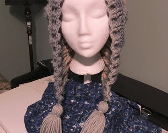 Embossed Leaf Slouch Hat with Tassles
