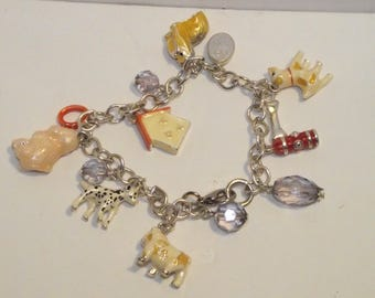 Dog / Animal LOVERS charm bracelet. NWOT. Mixed Breeds. Dalmatian, Poodle, Terrier, Bull Dog, Maltese, Pekingese, Shih Tzu, ? +....#301