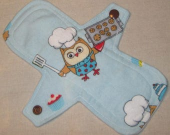 Owl baking cookies 8 in. Cloth Pantyliner