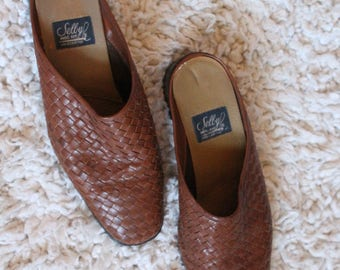 Woven Leather Clogs mules Shoes size 8 - Genuine handcrafted leather