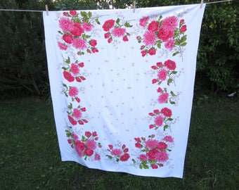 "vintage tablecloth / 60"" x 50"" / border of red roses"