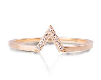 V Ring, Art Deco Engagement Ring, Rose Gold V Ring, Diamond V Ring, Triangle ring, Halo ring, Geometric ring, promise ring, r021