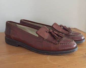 Vintage Bally Womens Brown Leather Tassel Loafers