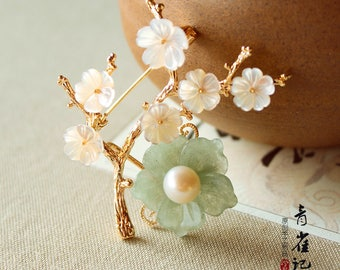Chinese style Jade flower brooch pins,breastpin,elegant,gift for women,gift for her