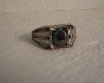 Men's Sterling Silver and Hematite Ring - size 10 1/2
