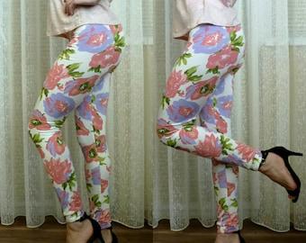 Floral Yoga Leggings, Cute Girly White Leggings, Patterned Pants, Workout Pants, Printed Leggings, Womens Pants, Christmas Gift For Her