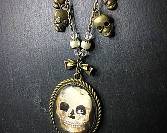 Halloween Pendant, Optical Illusion, Cameo Necklace, Creepy Pendant, Gothic Jewelry, Bronze Necklace, Whitby Gothic, Alternative Jewelry
