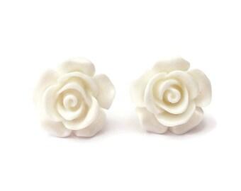 White Flat Back Rose Earring Studs, White Earrings, White Roses, Stud Earrings, White Resin, Flower Earrings, Wedding Bridal, Bridesmaid, UK