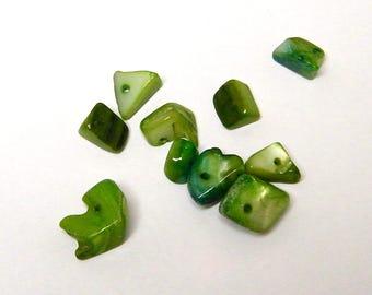 10 pearl beads, chips, irregular, green