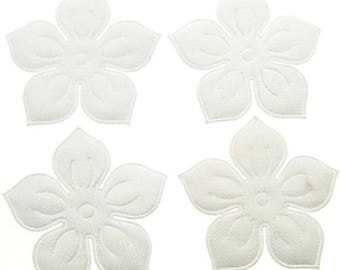 SET of 5 white 25mm flower embellishment applique N12