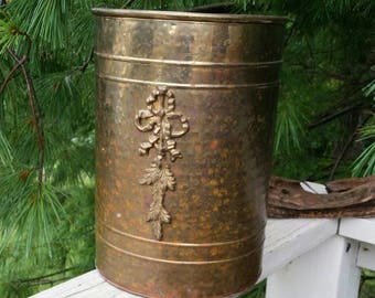 Hammered Brass Trash Can with Flower Motif