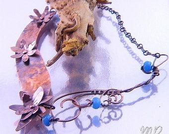 Collier Sakura - cuivre naturel et aigue marine