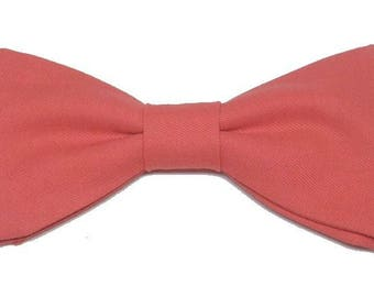 Coral bow with straight edges