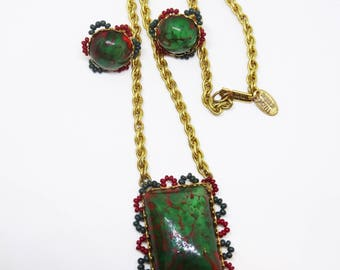 1970s Miriam Haskell Demi Parure Art Glass Screw Clip Back Earrings and Pendant Necklace Beaded Red Green Gold Metal Chain