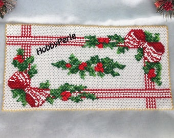 Christmas Rectangular doily Pattern