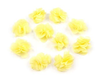 Set of 10 small flowers in yellow sails