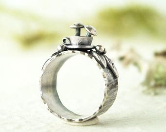 Tea Cup o' Mushrooms Ring, Sterling Silver, Size 9
