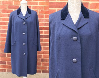 50s Vintage Navy Coat • Aquascutum Coat for Women • Oversized Coat with Pockets • Box Coat w. Velvet Collar • Winter Coat • Long Coat. M/L