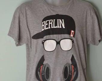 Vintage Mens shirt Berlin T shirt retro grey