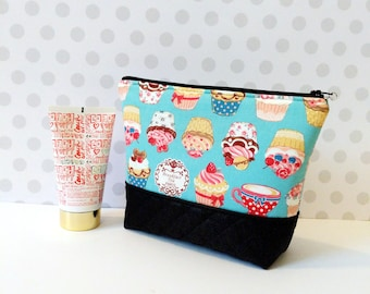 Fancy Cup Cakes Large Makeup Pouch