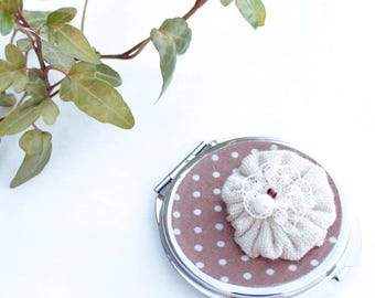 Pocket mirror taupe polka dot