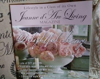 Jeanne d'Arc Living Magazine October 2016