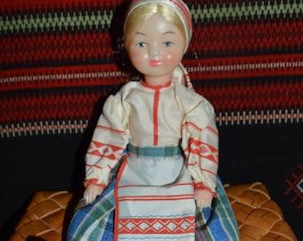 Vintage folk doll from USSR. Folk doll from Russian era. Karelian folk dress.