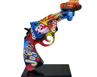ART DECO ! Sculpture of gun / revolver, for collection or decoration, height 9,8 inches