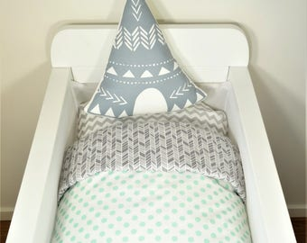 Bassinet quilt OR Bassinet and fitted sheet set - White with watercolour mint dots AND shades of grey herringbone