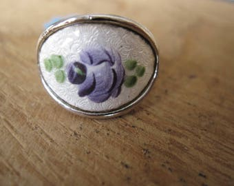 Silver Tone Sarah Coventry Guilloche Adjustable Enamel Flower Ring 7.5-8.5 (869)