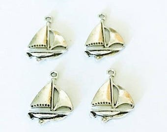 10 Antique Silver Sailboad Charms Pendants 23mm x 17mm