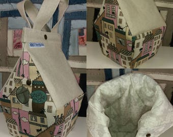 Birdhouse shaped project bag for knitting or crochet