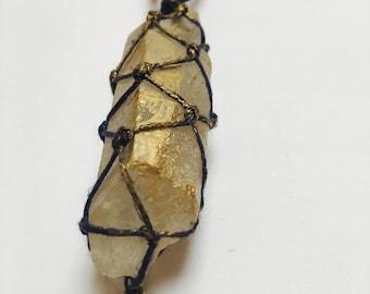 Crystal Elephant Nacklace